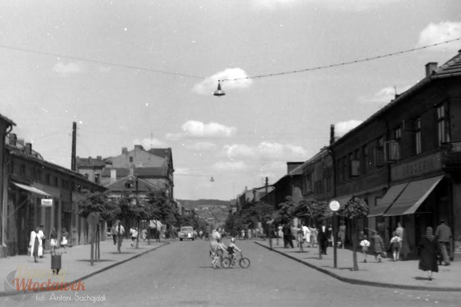 ul. 3 maja we Włocławku - widok w stronę Starego Miasta