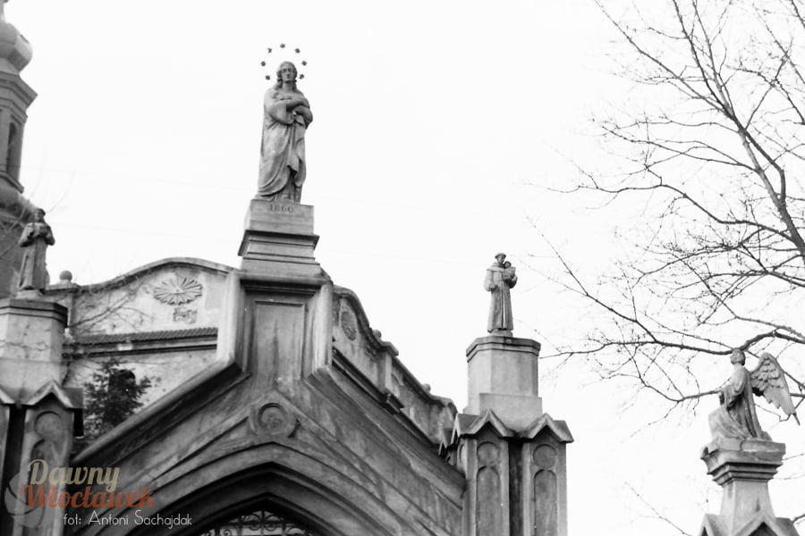 Dawny Włocławek - Klasztor Franciszkanów, fragment bramy
