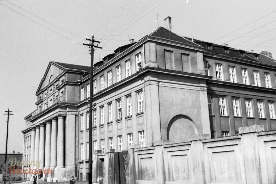 Dawny Włocławek - Szkoła przy ul. Łęgskiej 26