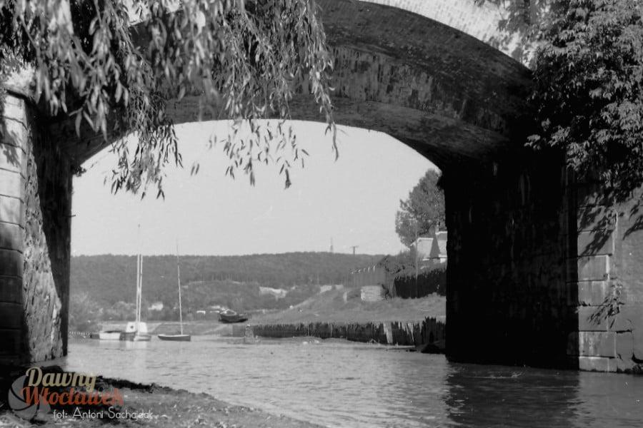 Zgłowiączka most